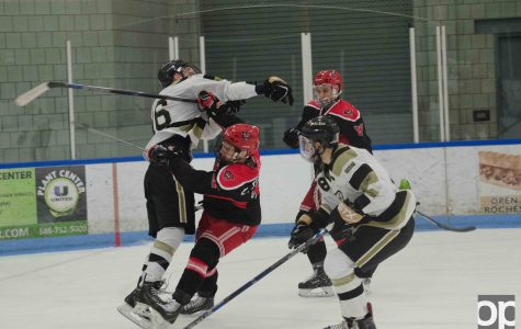 Golden Grizzly hockey: Two teams are better than one