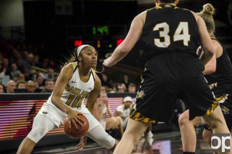 Women's basketball honors seniors with win over NKU