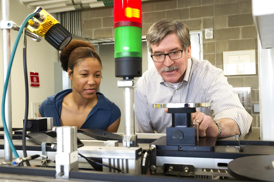 Oakland University to offer Master's in Systems Engineering Degree
