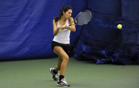 Women's tennis comes up empty-handed
