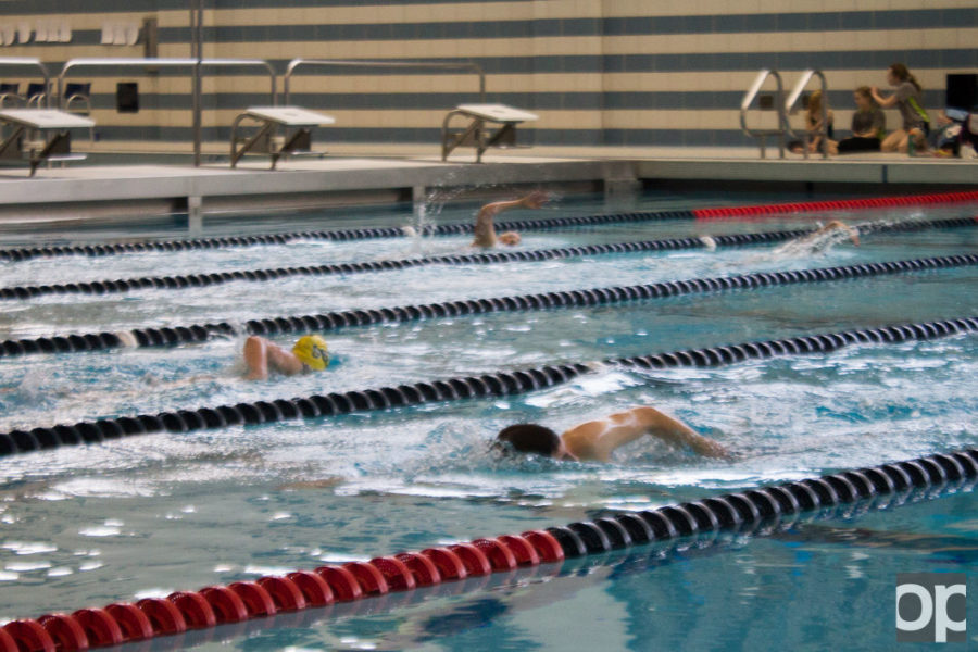 22+students+took+part+in+the+triathlon%2C+which+began+with+16+laps+in+the+pool.