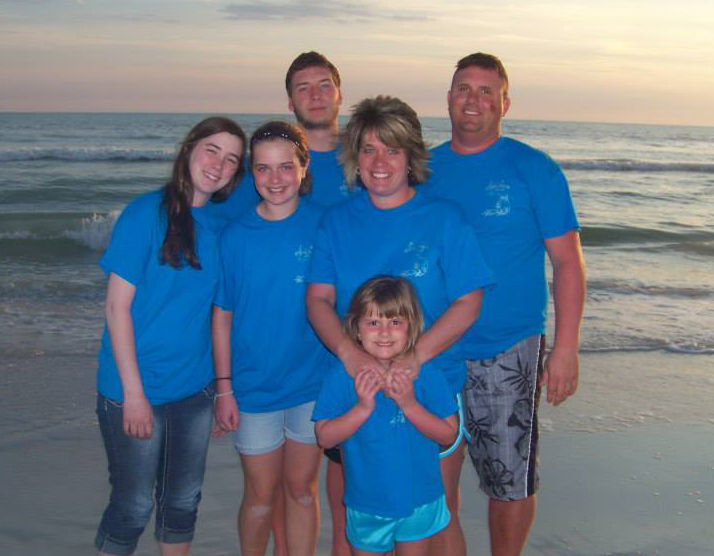 A photo of my parents, siblings and I on spring break last year (I think). My mom loves having all of her kids together, especially now that my brother and I are in college.