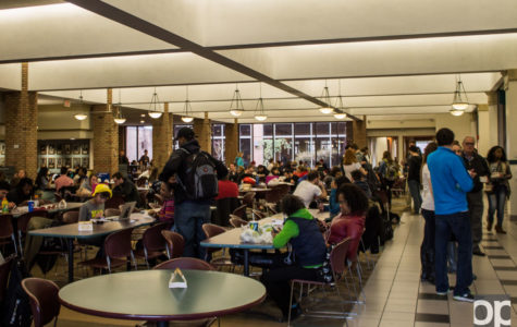 Students in residence halls voice complaints about Chartwell's