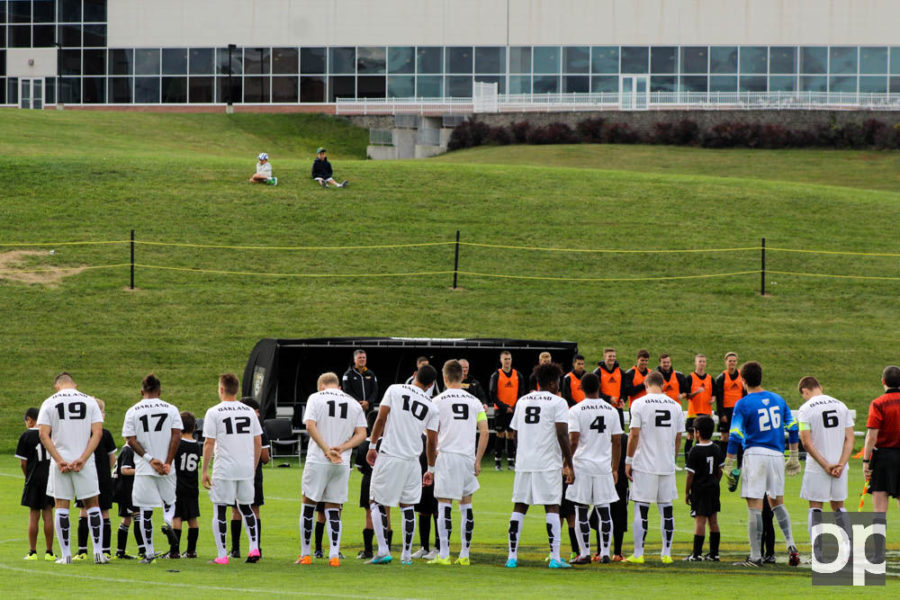 Oakland University lines up before their game against Milwaukee on Saturday, Sept. 19.