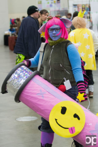 Cosplayers go all out with their costumes  They will build