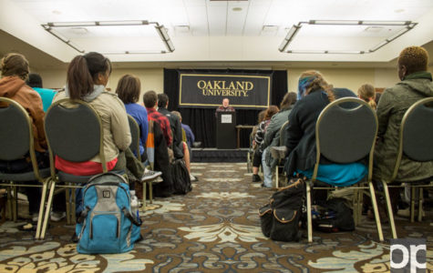 Thomas Lynch visited, read his poetry and segments of his memoir to students in the Oakland Center on Tuesday, Oct. 27.