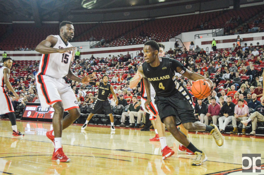 The Golden Grizzlies fell to the Georgia Bulldogs 86-82. Oakland's record now stands at 3-3.