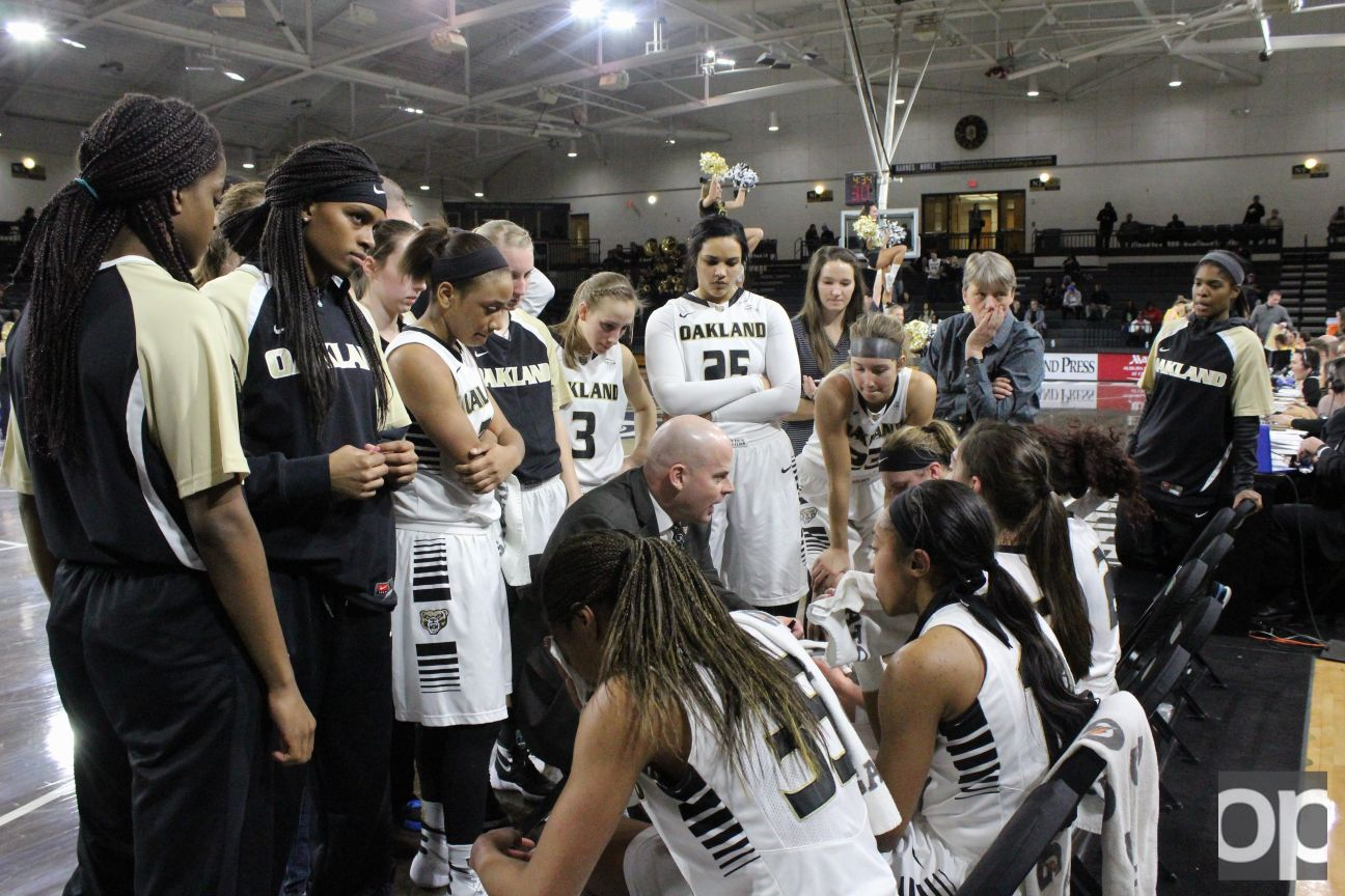 Oakland women's basketball (14-11, 6-8) lost against Wright State 79-63 Thursday night at the Nutter Center.