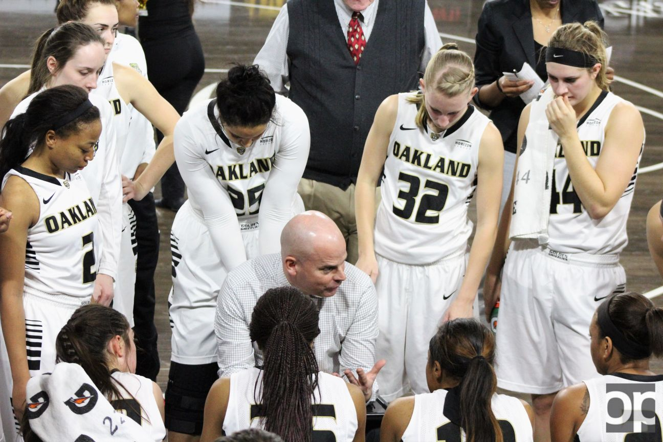 Oakland women's basketball team (6-9 in conference play) lost both games on the road against Wright State and Northern Kentuckythis week.