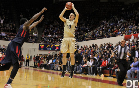 Oakland dominates second half to beat East Tennessee State, goes to finals of Vegas 16