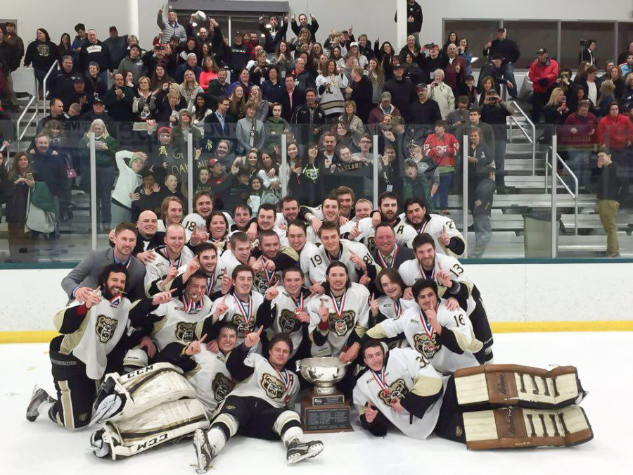 Oakland's Division III club hockey captured the ACHA national championship title on March 12.