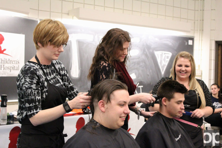 Tau+Kappa+Epsilon+hosted+its+annual+%22Shave+for+St.+Jude%22+charity+event+on+Thursday%2C+April+7.%C2%A0