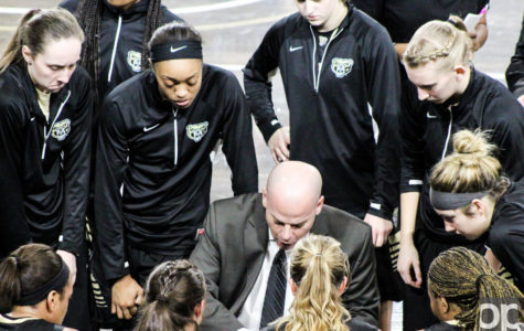 Filling the Nash/Popkey gap: Women's basketball coach reflects
