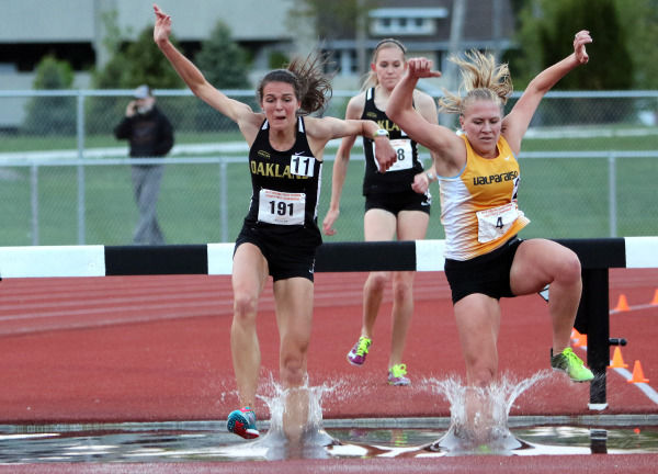 Oakland University's Kailey Weingartz in the 3000m steeplechase at the 2016 Horizon League Outdoor Championships.
