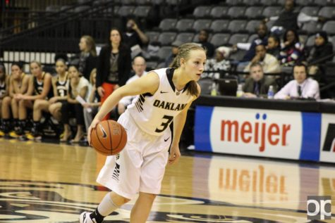 Recent Oakland women's basketball alumna Elena Popkey still wears the same jersey number (3) when she plays for the Elangeni Falcons in Germany as she wore as a Golden Grizzly.