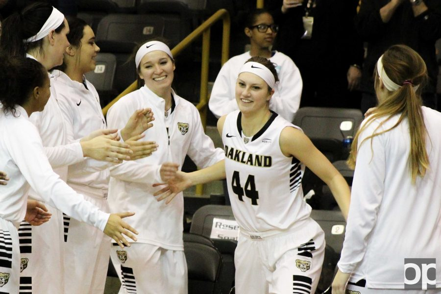 Oakland's former women's basketball player Olivia Nash (44) played her final season for the Golden Grizzlies last year.