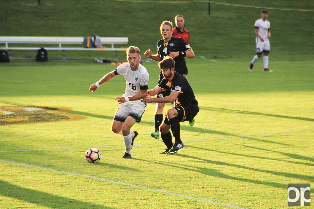 Alex Serwatka scored the game-winning goal in the 2nd minute of the second overtime giving Oakland a 3-2 win in the first league game against Northern Kentucky.
