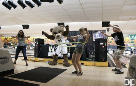 WXOU hosts 4th annual Welcome Week Bowling Fundraiser