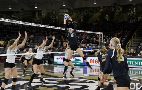 Volleyball boosting league record, beats Milwaukee in five sets
