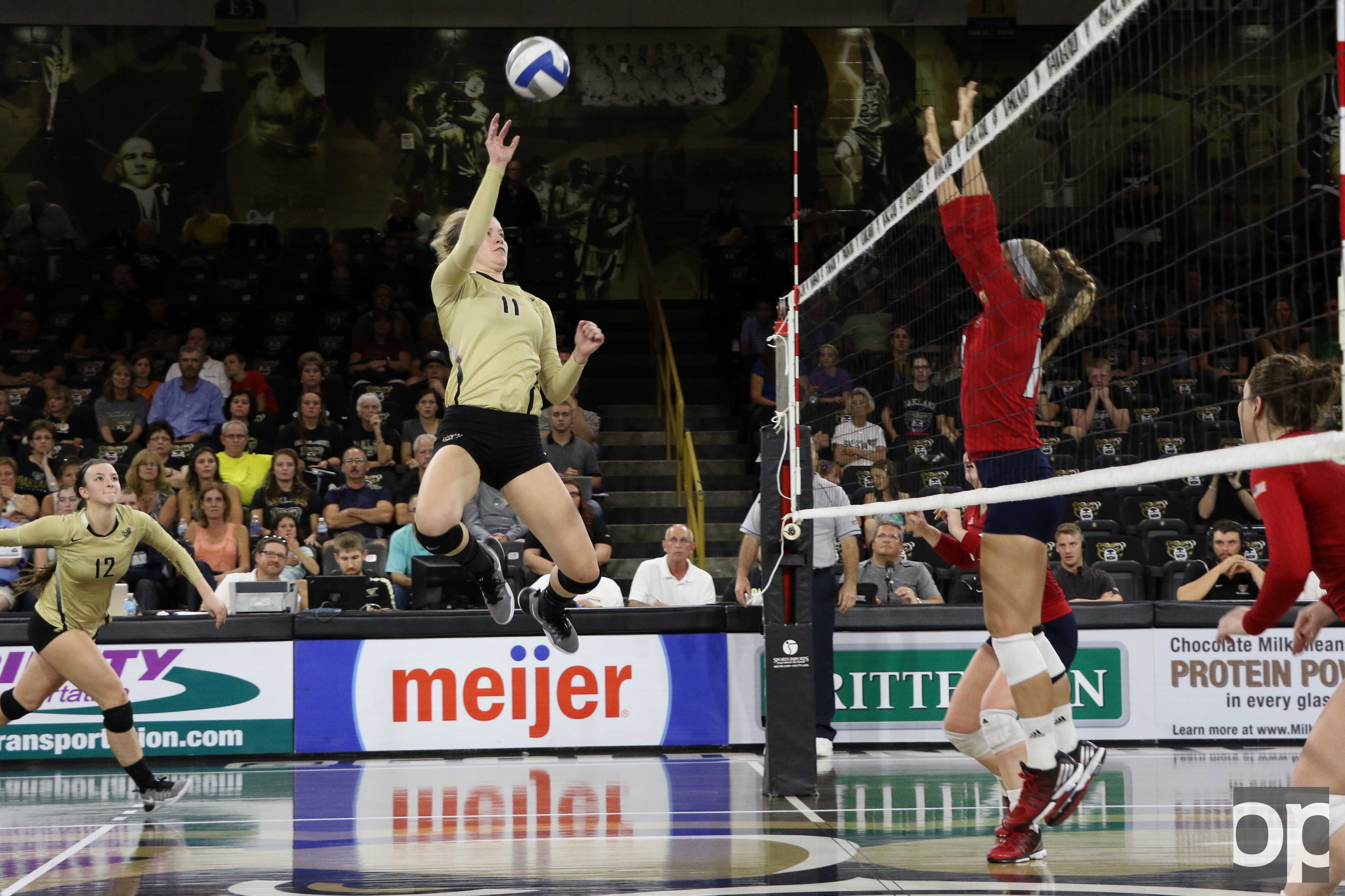 Sammy Condon recorded 14 kills at the game against UIC.