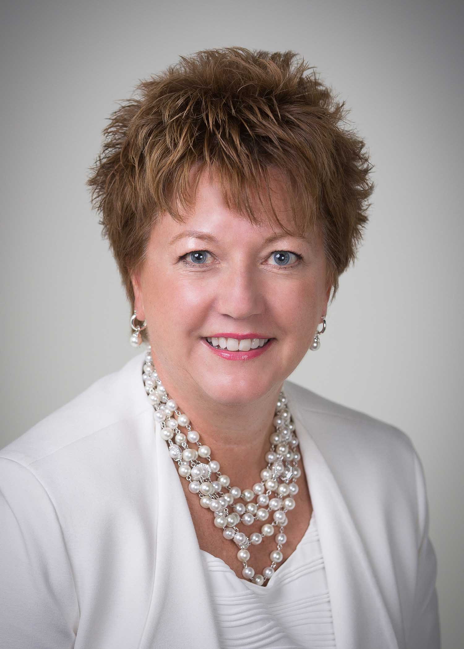 Beth Talbert has taught courses in leadership, women in leadership, persuasion, gender communication, group dynamics, professional communication, public speaking and interpersonal conflict at Oakland University.