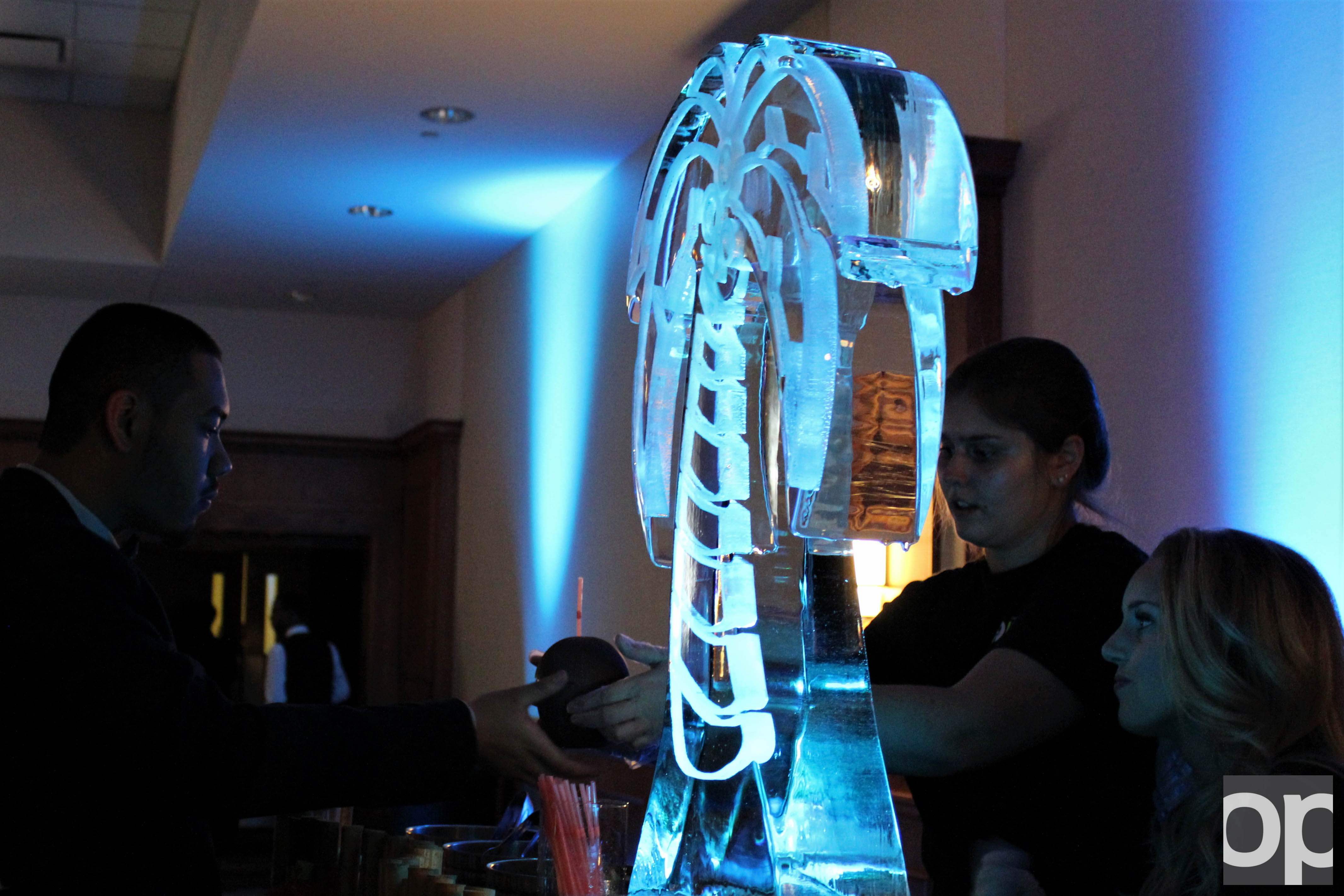 Students were served Caribbean food and drinks as the Banquet Rooms in the OC were illuminated with ice sculpture and other decorations.