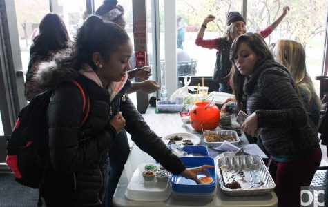 Feminists' bake sale's prices vary based on gender, race