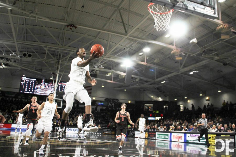 Martez Walker led Oakland with 22 points at the season opener at home on Friday, Nov. 11 against Bowling Green State University.