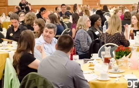 Students mind their manners at annual Etiquette Dinner