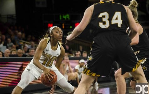 Women's basketball honors seniors with win over NKU