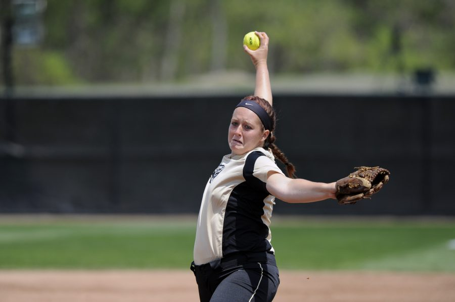 After missing last season due to a medical injury, Erin Kownacki returned to the mound this weekend. In her return, she threw a complete game shutout against Boston University on Feb. 18.