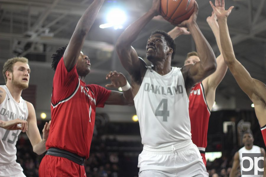 In the last home game of the season, Jalen Hayes added 24 points to lead the Golden Grizzlies to their 101-72 win over Youngstown State on Tuesday, Feb. 21 at the O'rena.