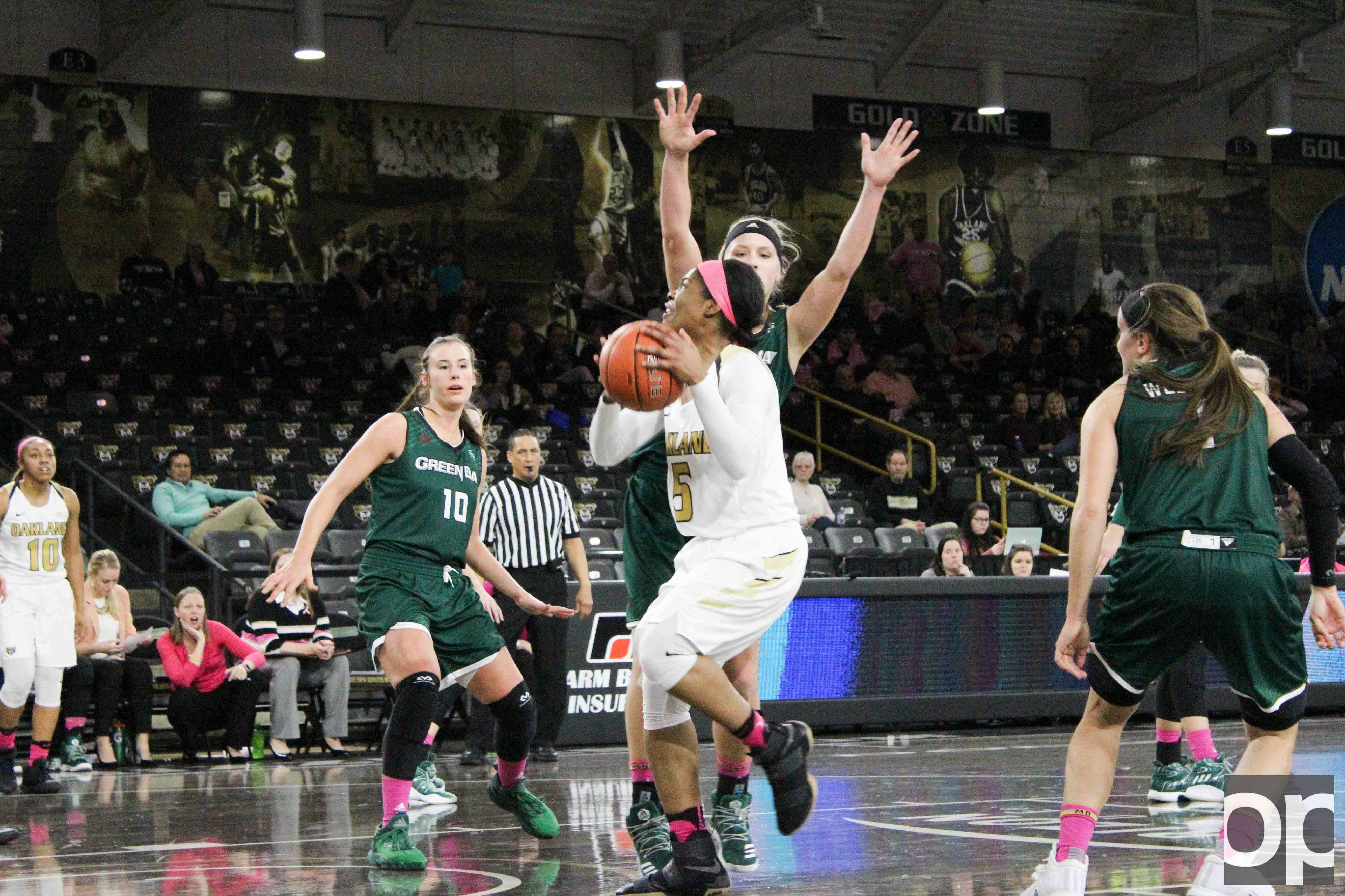 Sha'Keya Graves stole an inbound pass from Green Bay and scored the final layup earning the Golden Grizzlies a win over #21 Green Bay on Thursday, Feb. 2 at the O'rena.