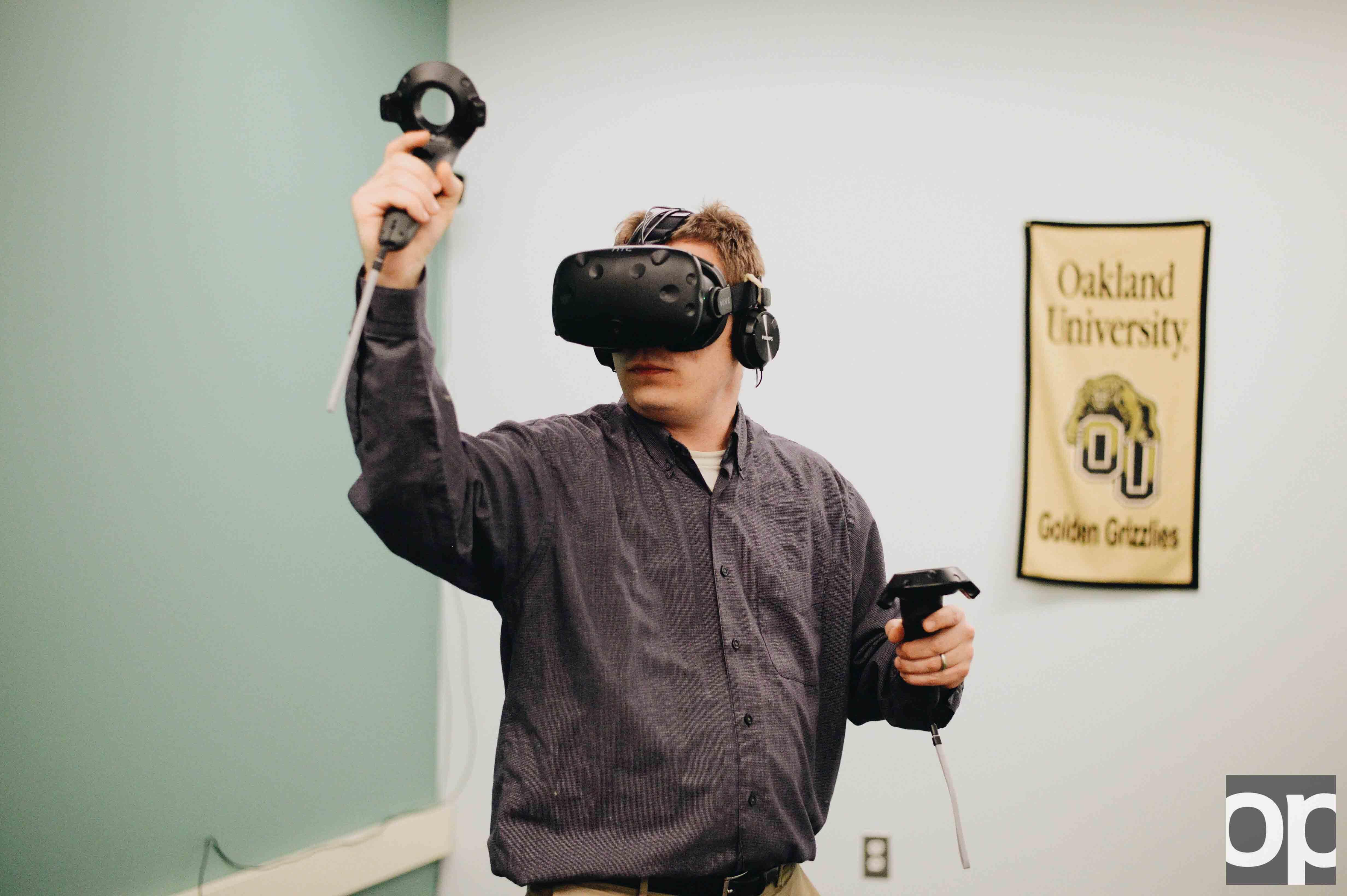 Matt Switlik tests out the new virtual reality program.