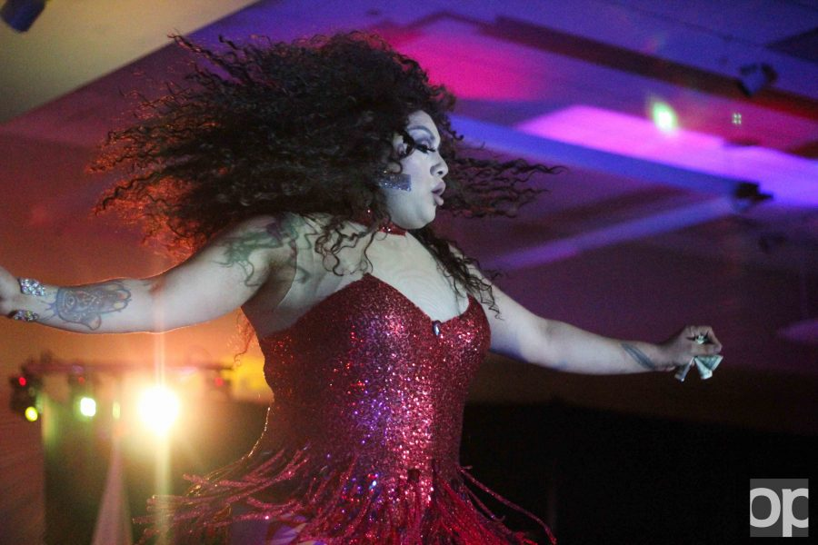 GSA hosted the 2017 Drag Show in the Banquet Rooms of the Oakland Center on Thursday, April 6.
