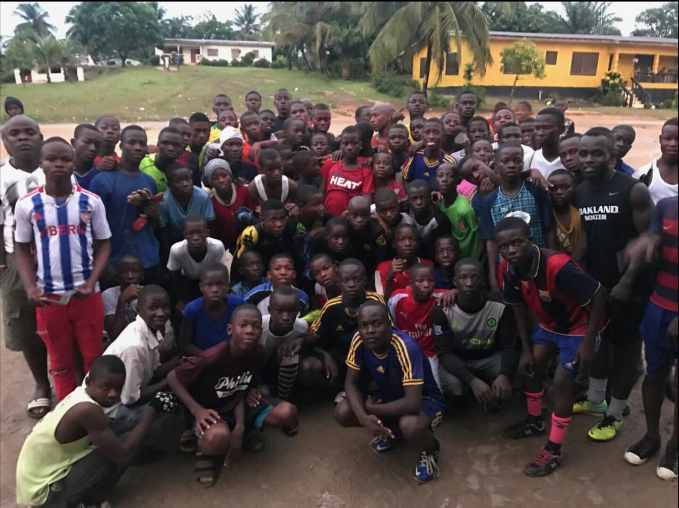 Oakland+soccer+player+pays+tuition+and+supports+soccer+team+for+kids+in+Liberia