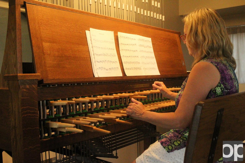 Amy+Johansen+played+the+carillon+inside+Elliott+Tower.