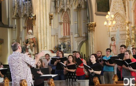 Choral says 'Bon Voyage' with concert