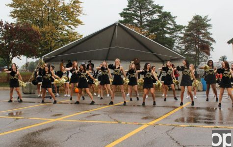 Homecoming Tailgate prevails despite weather