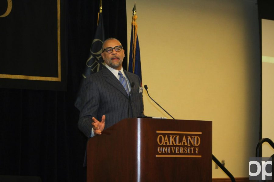 Ed Gordon Speaks about MLK's vision at the Keeper of the Dream award ceremony.