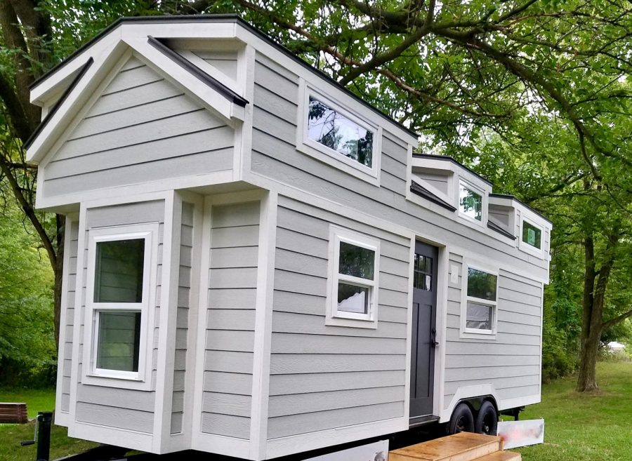 Students get apprenticeship through tiny house project