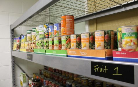 Golden Grizzlies' Food Pantry celebrates grand opening