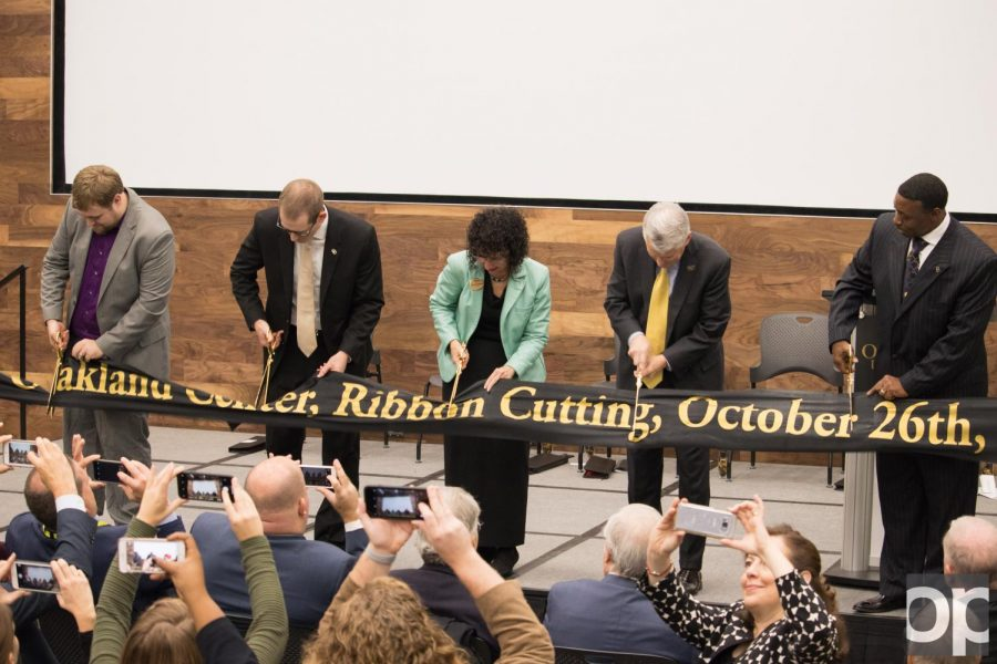 Oakland+Center+expansion+celebrate+with+ribbon+cutting+ceremony