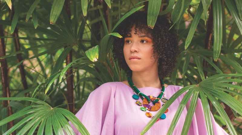 Kaia Kater releases new album Grenades