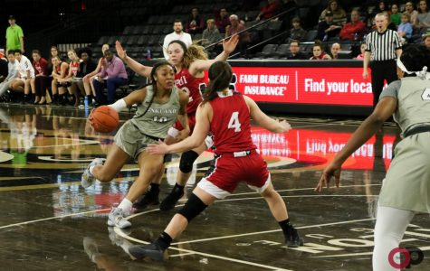Women's basketball loses to IUPUI, 76-70