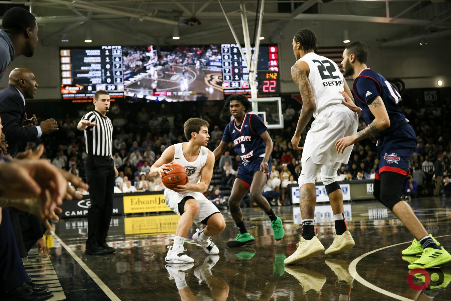 The O'rena was packed with record attendance as the Golden Grizzlies went toe-to-toe with the Titans.