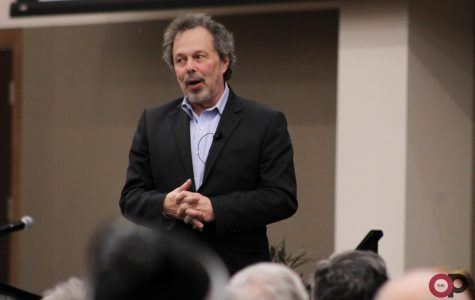 Curtis Armstrong donates acting memorabilia to library archives: The alum visited classes on campus and reminisced at evening event