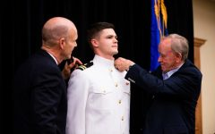 School of medicine graduate becomes U.S. naval flight surgeon