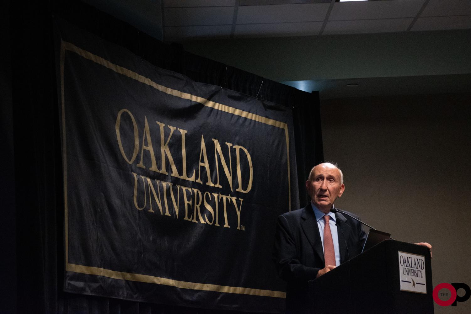 Harvard University professor Evangelos Gragoudas discusses eye tumors and the use of proton beam irradiation therapy on Friday, Sept. 27 in the Oakland Center.