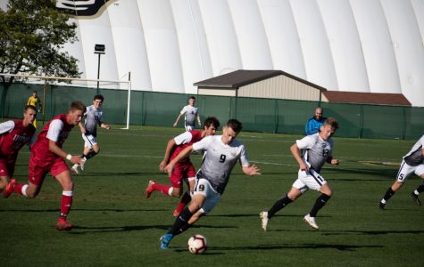 Men's soccer continues their winning streak, beating IUPUI 4-0 on Saturday, Oct. 12.